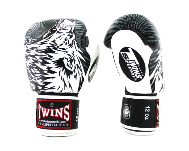 Twins special FBGVL3 Wolf Boxing Gloves Red